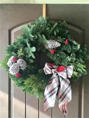 Jude & Landon Gentry verified customer review of Black Friday Wreath