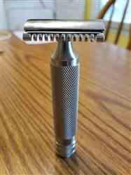 West Coast Shaving WCS Midnight Collection Razor 110B, Black Stainless Steel Review