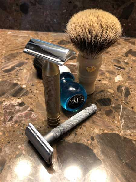 West Coast Shaving WCS Vintage Collection Razor Brass Handles Review