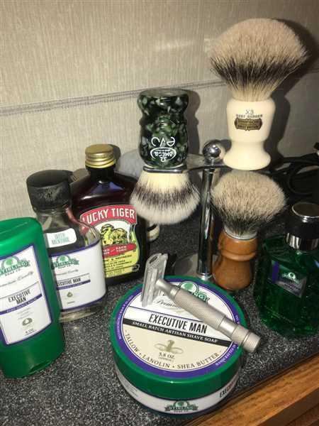 Michael Schneider verified customer review of Omega EVO Synthetic Shaving Brush, Special Veteran (E1860)