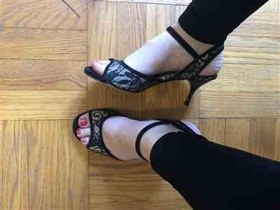 Ali Leannah verified customer review of Enna - Black Lace and Suede 60