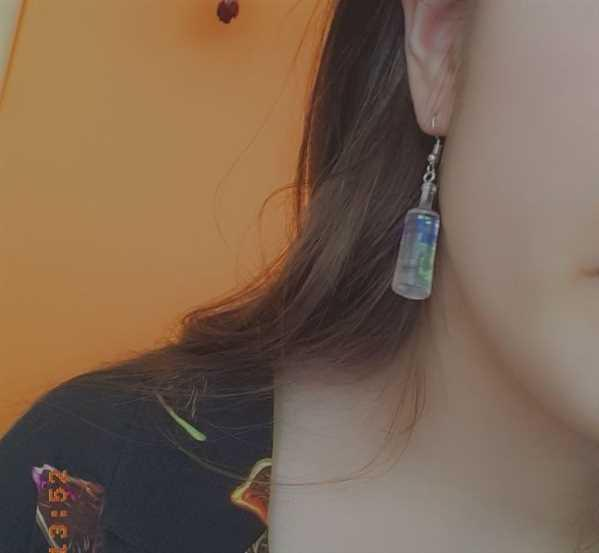 AESTHENTIALS ABSOLUT VODKA EARRINGS Review