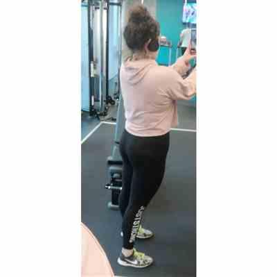 Erin M. verified customer review of Jet Black Just Strong Leggings