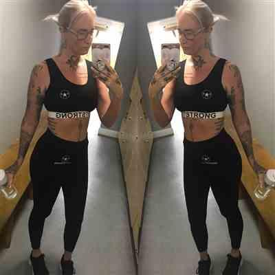 Lizz C. verified customer review of Jet Black Just Strong Leggings