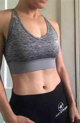 Samantha G. verified customer review of Grey Melange Cross Strap Crop Top