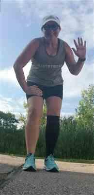 Angela A. verified customer review of Olive Seamless Sculpt Tank