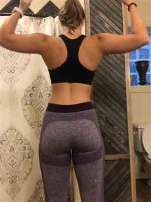 Abby B. verified customer review of Purple Seamless Sculpt Leggings