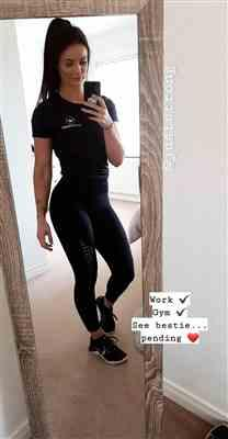 Tiffany F. verified customer review of BLACK SMOOTH JUST STRONG TEE