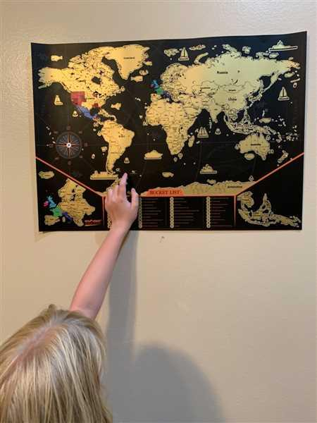 Ceara Thompson verified customer review of Newverest Scratch Off Map USA