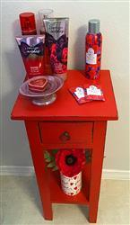 Anonymous verified customer review of Real Touch Poppy in Red - 24 Tall x 4.5 Bloom