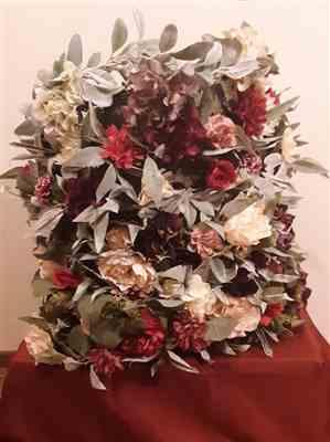 Katie Sommers verified customer review of Artificial Flocked Seeded Eucalyptus Leaf Garland - 6' Long
