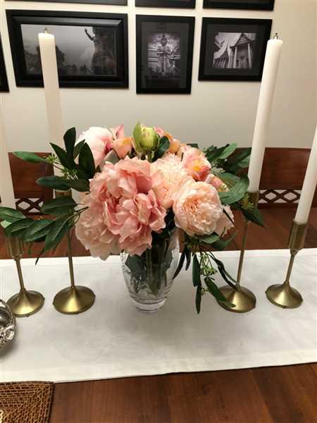 Lauren Rosenblum verified customer review of Silk Roses in Pink - 21.5 Tall