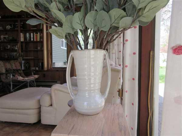 Afloral.com Farmhouse Ceramic Flower Vase with Handles - 7.75 Tall Review