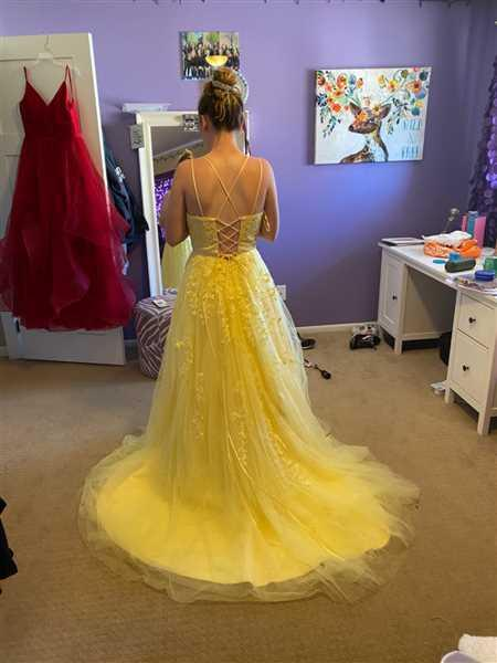 Shelby Smitn verified customer review of Backless Lace Prom Dresses Party Dresses with Spaghetti Straps LPD029