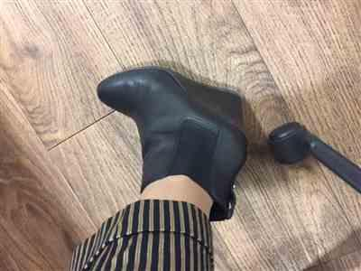 Silvia Lima verified customer review of Black Wedge Ankle Boots