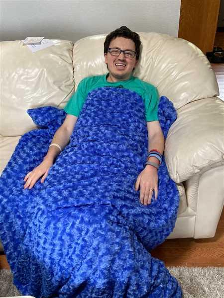 Magic Weighted Blanket Royal Blue Chenille Magic Weighted Blanket Review