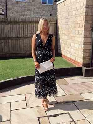 Lydia verified customer review of TALULAH LOVE SHAK MIDI DRESS