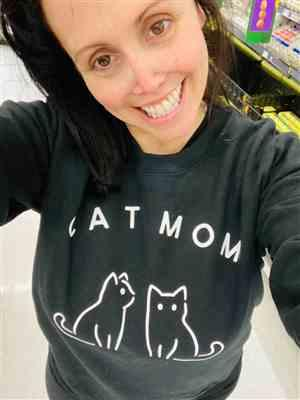 Rachel Goldzweig verified customer review of Ultimate Cat Mom Sweatshirt