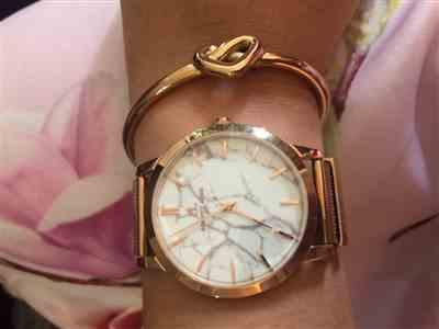 Laura H. verified customer review of Rose Gold Chain Marble Luxe 40 (Rose/White)