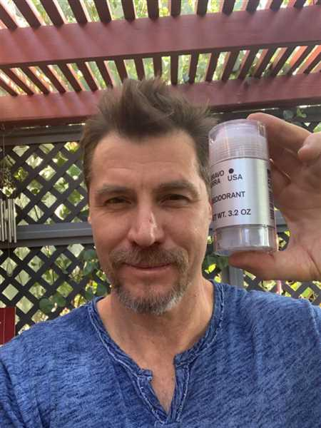 Adam Ford verified customer review of Deodorant