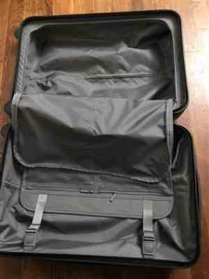 CLaster verified customer review of Midnight Black 22 Carry On Luggage