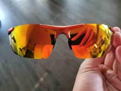 Fantastli verified customer review of SOXICK Unisex Suglasses-Gradient