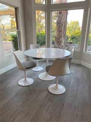 Nancy Horner verified customer review of Tulip Round - Round Tulip Dining Table, White Lacquer