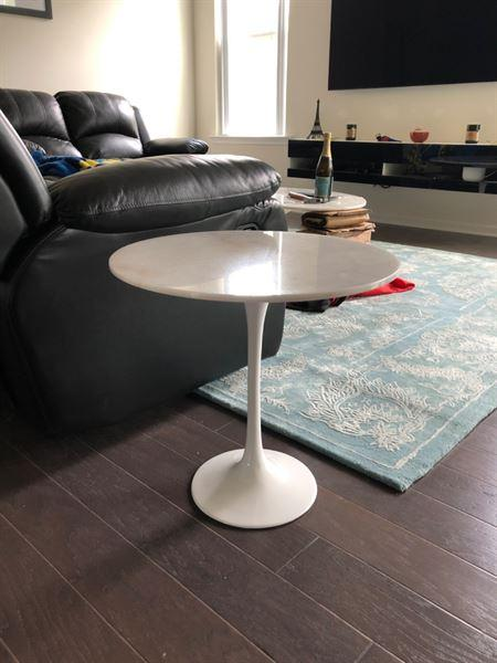 Interior Icons Tulip Side Table - Round Tulip Side Table, Calacatta Marble Review