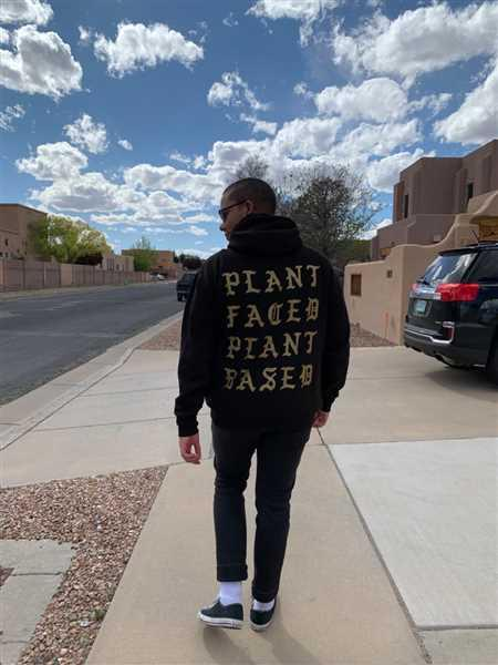 PLANT FACED CLOTHING Plant Faced Pablo Hoody - Black & Gold - Premium Blend Review