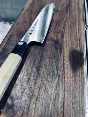 Brent Hartig verified customer review of Fu-Rin-Ka-Zan R-2 Clad Wa Series FR2-3SA Wa Santoku 190mm (7.4inch)