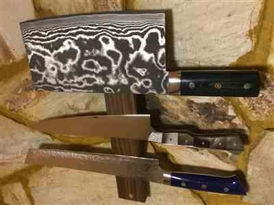 Andrej H. verified customer review of Takeshi Saji R-2 Custom Damascus Chinese Cleaver (Green Linen Micarta Handle)