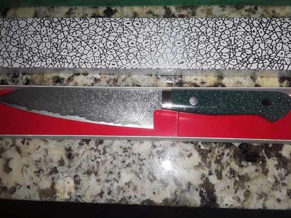 JapaneseChefsKnife.Com Mr. Itou R-2 Custom Damascus Petty 135mm (5.3 inch) Green Color Corian Handle (IT-153) Review