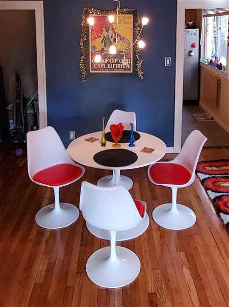 Modholic 35.5 Wood Top Tulip Table Set - Tulip Chairs Review