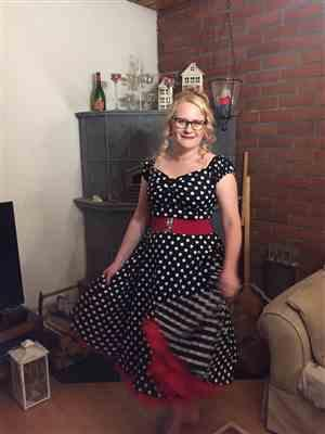 Tia B verified customer review of Dolores Doll Black Polka Dot 50-luvun mekko