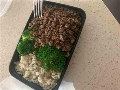 Michelle Bradford verified customer review of #4 Ground Beef, Brown Rice & Broccoli