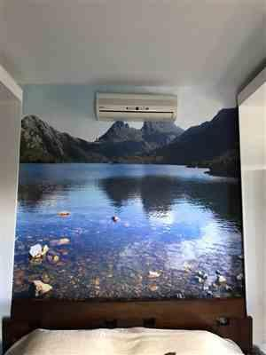 Fermin Wehner verified customer review of 3D Non-Woven Lake Mountain Stream Wallpaper Sticker
